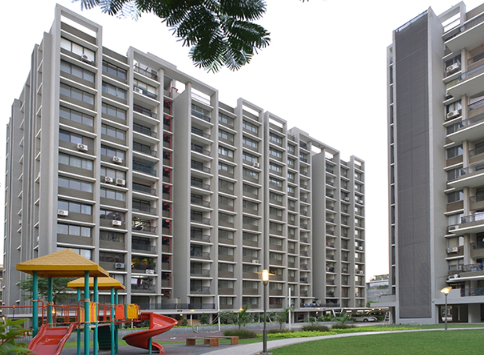 2 & 3 BHK Flats in Seawoods, Navi Mumbai in Scarlet Seawoods Height